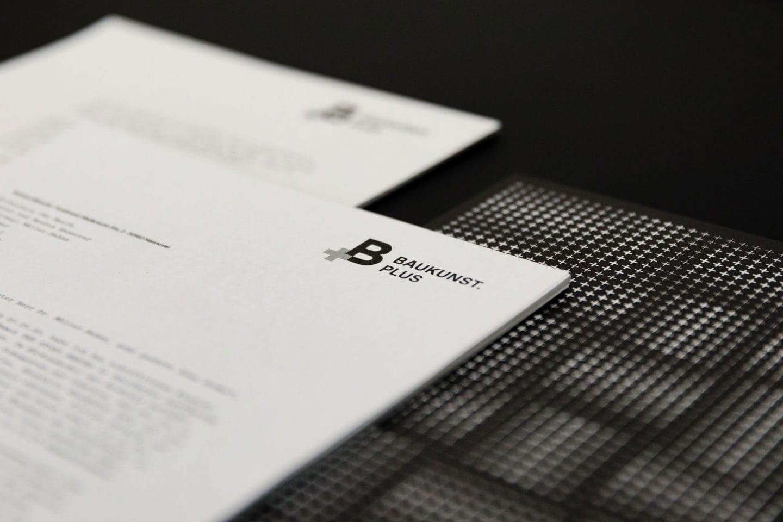 Baukunst Plus Identity Geschäftsausstattung